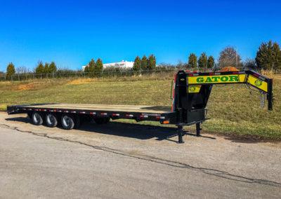 30K gooseneck trailer TRI- 10K axles
