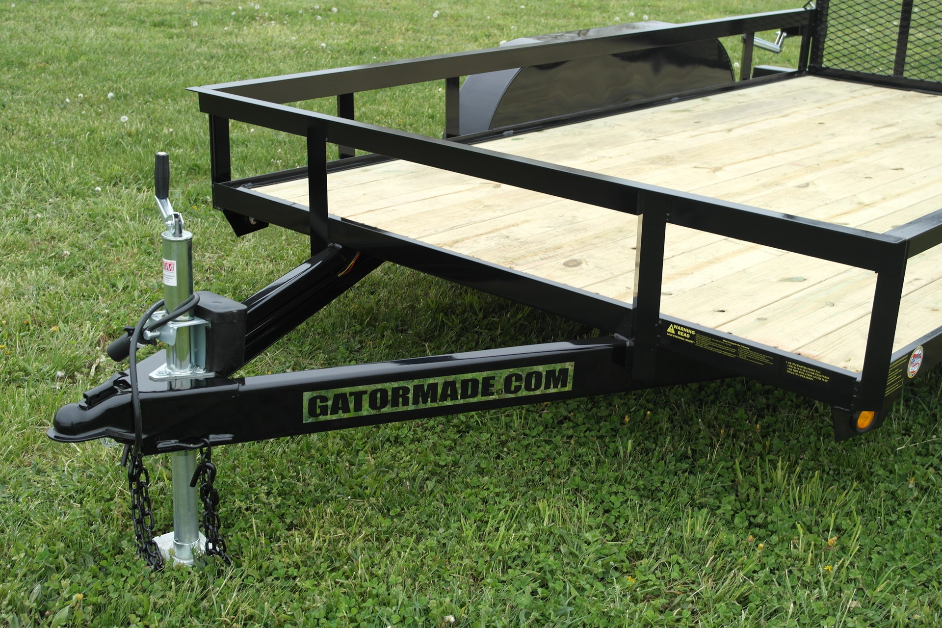 weight of 10 foot enclosed trailer